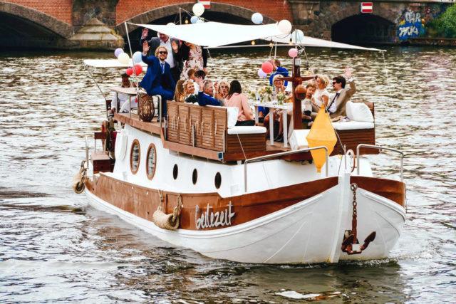 Dein Eventschiff zur Hochzeit in Berlin