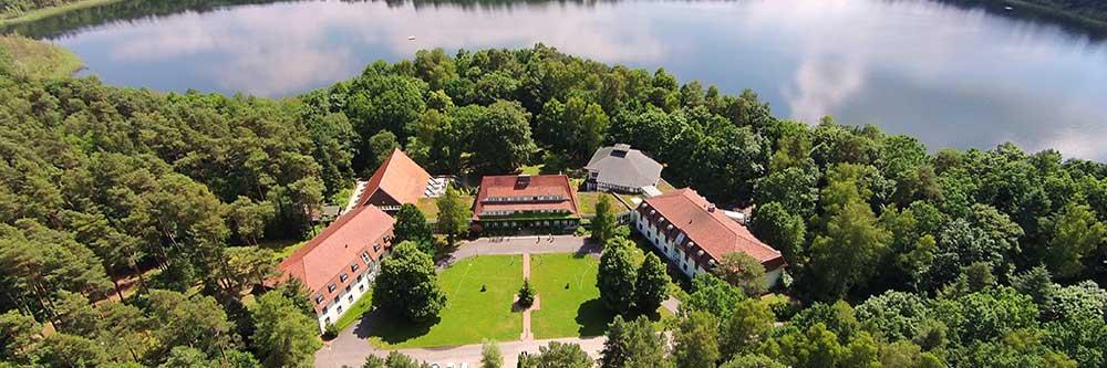 Hochzeit am See im Hotel Döllnsee Schorfheide in Templin