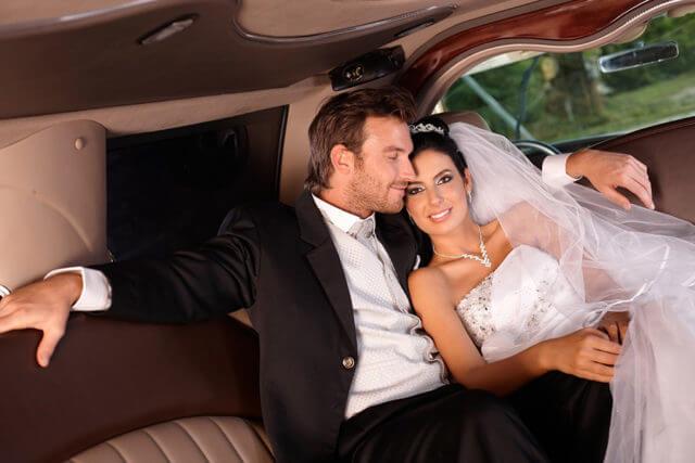 Eine Stretchlimousine für Ihre Hochzeit in Berlin und Brandenburg