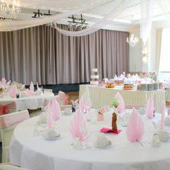 """Ihre Hochzeit im Gasthof """"Zum Heiratsmarkt"""" in Reitwein"""